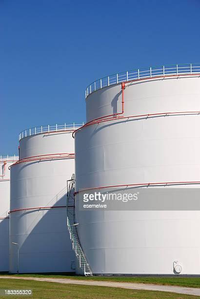 Mineral oil storage tank farm