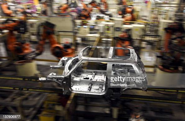 car production at the bmw mini factory pictures getty images. Black Bedroom Furniture Sets. Home Design Ideas