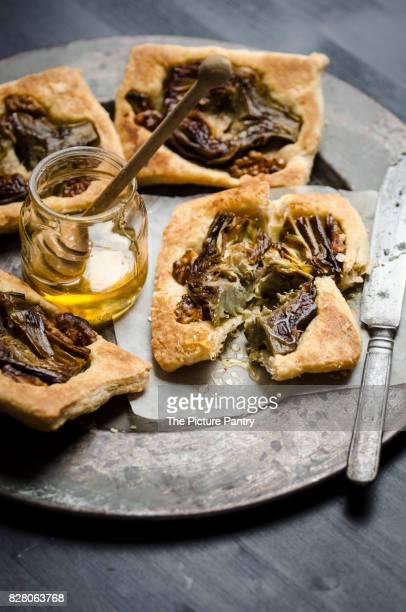 Mini Tarte Tatin with artichoke and honey