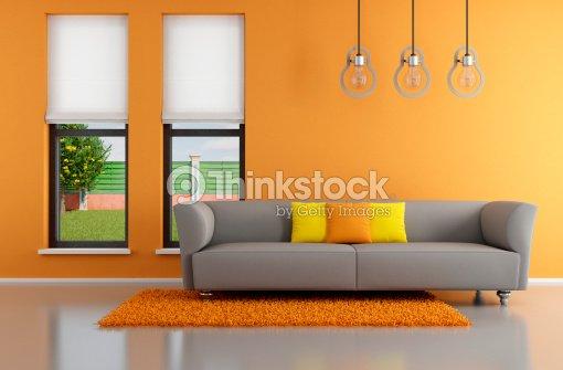 Minimalistische Orange Wohnzimmer Stock-Foto | Thinkstock