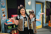 AUSTIN ALLY 'MiniMe's Muffin Baskets' The gang prepares for the AA Music Factory's first showcase and Austin wants to surprise Ally by teaching their...