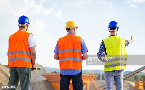 Mining engineers overseeing potentials from new project
