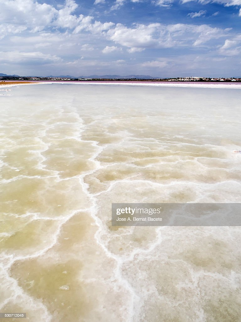 Mining exploitation in a salty natural lagoon