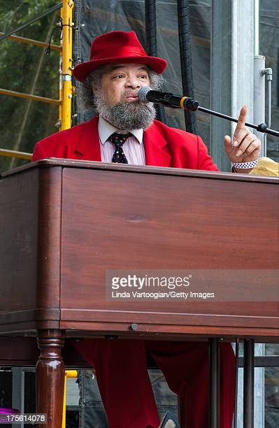 Minister and musician Bruce A Thompson Sr plays a Hammond B3 organ with Holle Thee Maxwell on the Front Porch Stage at the 30th Annual Chicago Blues...