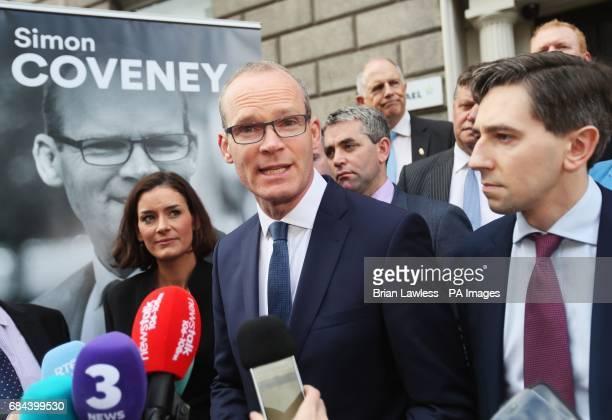 Minister for the Environment and Housing Simon Coveney alongside Minister for Health Simon Harris outside Fine Gael HQ in Dublin to make an...