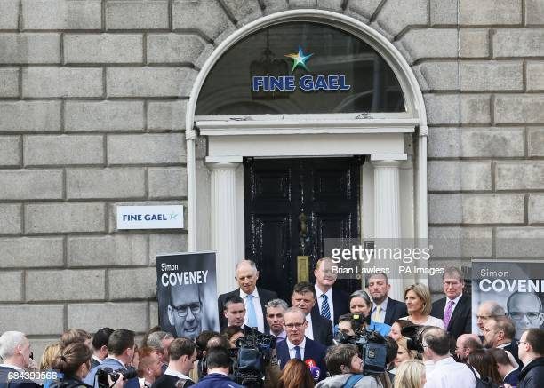 Minister for the Environment and Housing Simon Coveney speaking to the media outside Fine Gael HQ in Dublin as he makes his announcement to run for...