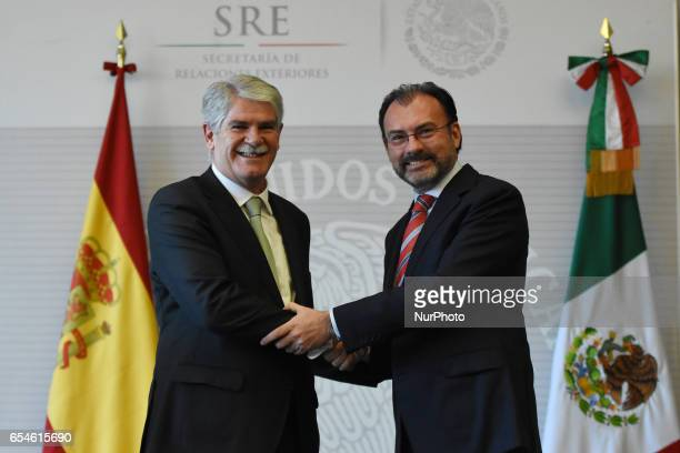 Minister of Foreign Affairs of Spain Alfonso Dastis Quecedo and Minister of Foreign Affairs of Spain of Mexico Luis Videgaray are seen extending a...