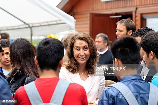 Minister Of State For Migration Refugees And Integration Aydan Oezoguz Visits TSV Wandsetal on May 12 2015 in Hamburg Germany
