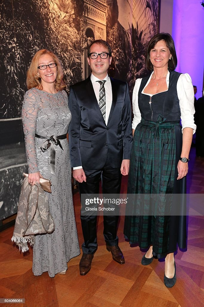 Minister of transport <a gi-track='captionPersonalityLinkClicked' href=/galleries/search?phrase=Alexander+Dobrindt&family=editorial&specificpeople=5702301 ng-click='$event.stopPropagation()'>Alexander Dobrindt</a>, his wife Tanja Kaeser (L) and <a gi-track='captionPersonalityLinkClicked' href=/galleries/search?phrase=Ilse+Aigner&family=editorial&specificpeople=2158567 ng-click='$event.stopPropagation()'>Ilse Aigner</a> (R) during the new year reception of the Bavarian state government at Residenz on January 8, 2016 in Munich, Germany.