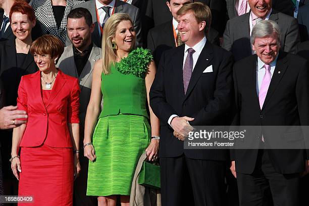 Ministerpresident of the German state of Hesse Volker Bouffier and his wife Ursula Bouffier stand with King WillemAlexander and Queen Maxima of The...