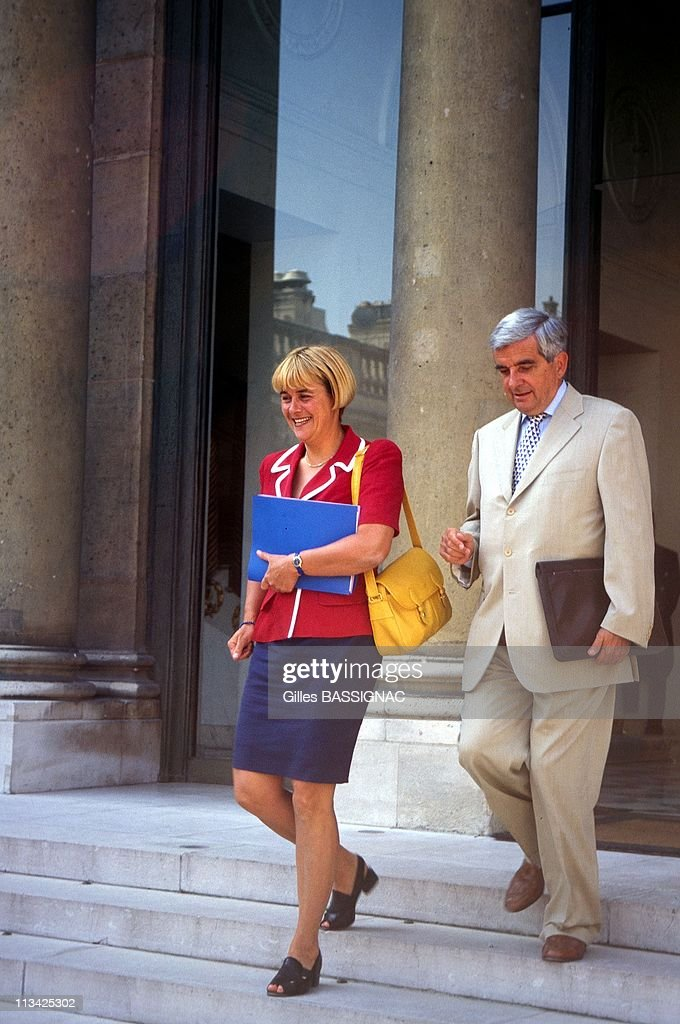 Ministers Dominique Voynet And Jean-Pierre Chevenement After Council Of Ministers At Elysee Palace On August 20th, 1997 - In Paris,France