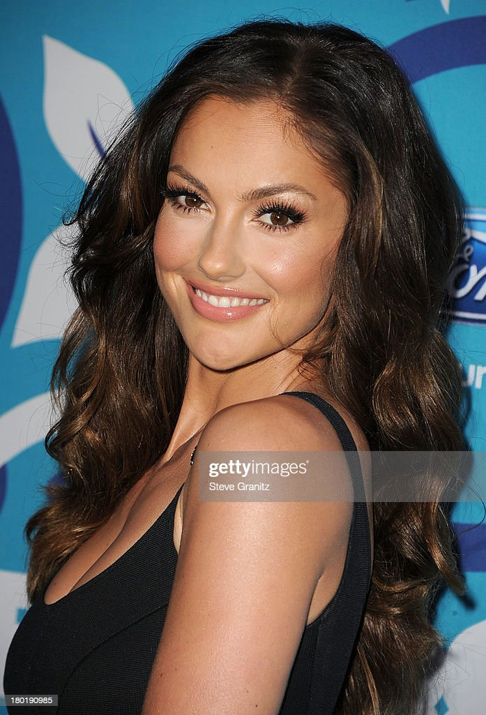 <a gi-track='captionPersonalityLinkClicked' href=/galleries/search?phrase=Minka+Kelly&family=editorial&specificpeople=632847 ng-click='$event.stopPropagation()'>Minka Kelly</a> arrives at the 2013 Fox Fall Eco-Casino Party at The Bungalow on September 9, 2013 in Santa Monica, California.