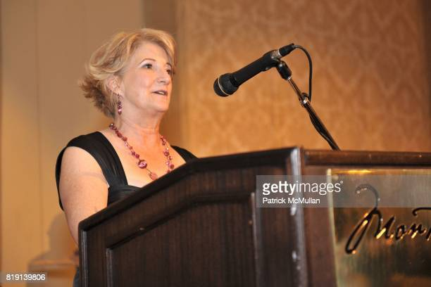 Minna Taylor attends JUNIOR LEAGUE LEGACY BALL HONORING HENRY WINKLER at Montage Hotel on March 6 2010 in Beverly Hills California