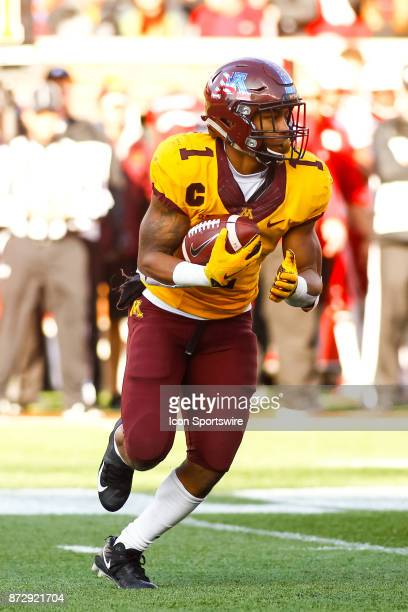 Minnesota Golden Gophers running back Rodney Smith in action during the 4th quarter during the Big Ten Conference game between the Nebraska...
