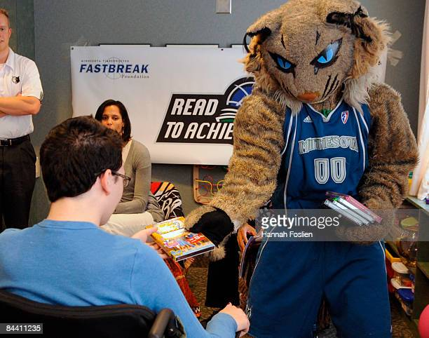 Minnesota Lynx mascot Prowl hands out prizes at a Read to Achieve Reading Timeout at Gillette Children's Hospital January 22 2009 in Saint Paul...