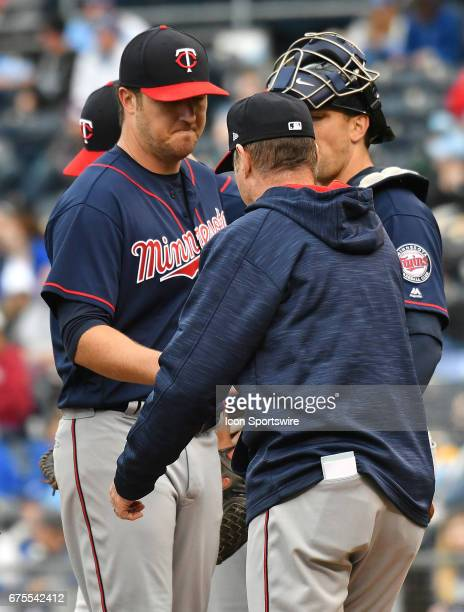 Minnesota Twins manager Paul Molitor relieves Minnesota Twins starting pitcher Phil Hughes during a MLB game between the Minnesota Twins and the...