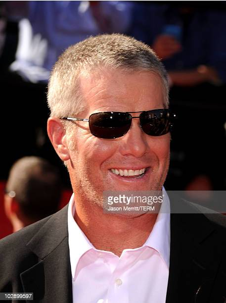 Minnesota Vikings quarterback Brett Favre arrives at the 2010 ESPY Awards at Nokia Theatre LA Live on July 14 2010 in Los Angeles California