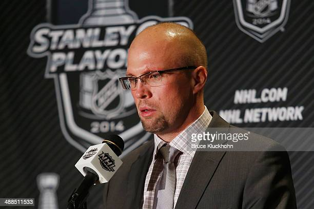 Minnesota Wild Head Coach Mike Yeo speaks during a press preference after his team defeated the Chicago Blackhawks during Game Three of the Second...