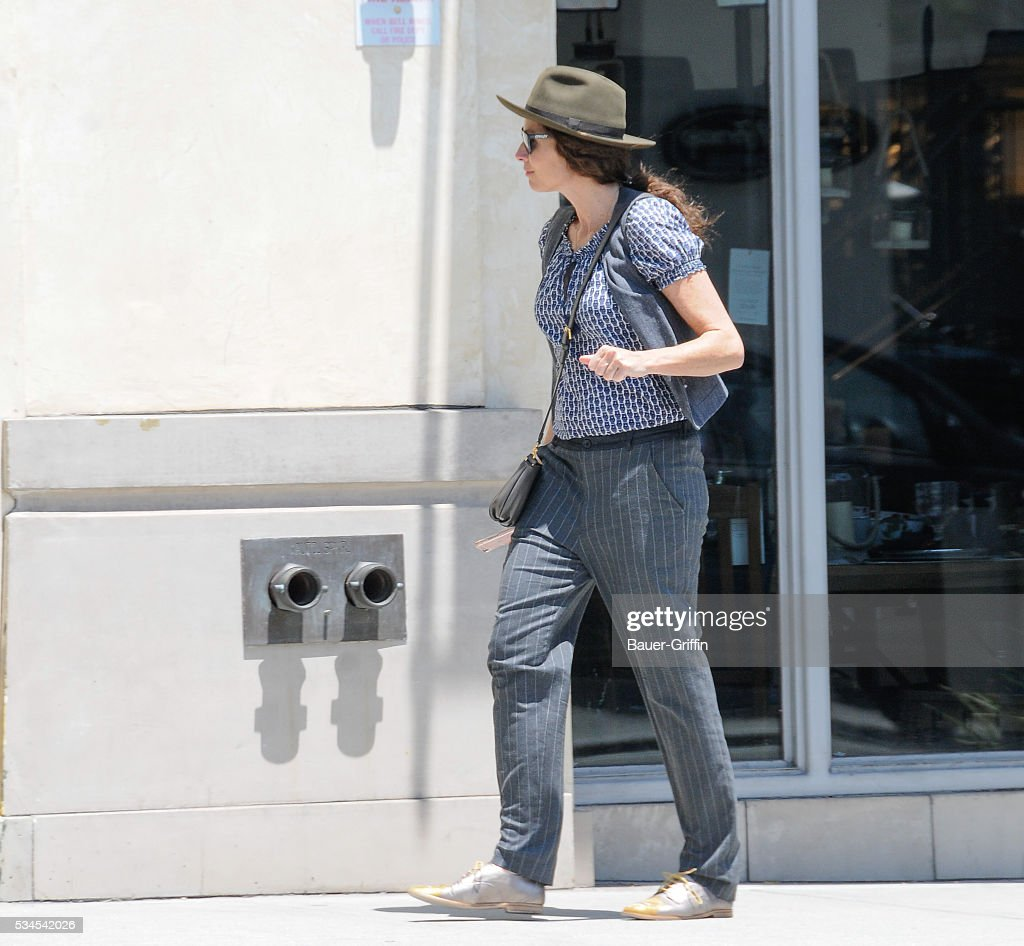 <a gi-track='captionPersonalityLinkClicked' href=/galleries/search?phrase=Minnie+Driver&family=editorial&specificpeople=201884 ng-click='$event.stopPropagation()'>Minnie Driver</a> is seen on May 26, 2016 in Los Angeles, California.