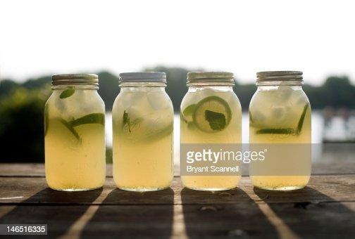 Mint limeade beverage