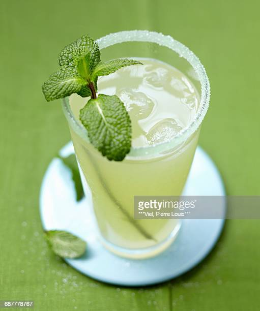 Mint-flavored lemonade