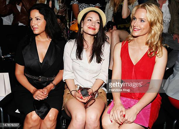 Minu BaratiFischer Cosma Shiva Hagen Judith Rakers sit in afront row during the runway at the Laurel Show during the MercedesBenz Fashion Week...