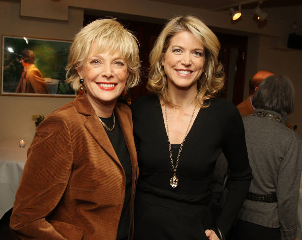 Paula Zahn with 60 Minutes correspondent Leslie Stahl at the 25th Annual Literacy Partners event