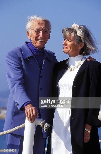 Mip tv JYCousteau and his wife in Cannes France on April 09 1995