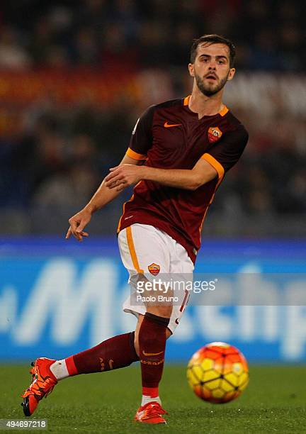 Miralem Pjanic of AS Roma in action during the Serie A match between AS Roma and Udinese Calcio at Stadio Olimpico on October 28 2015 in Rome Italy