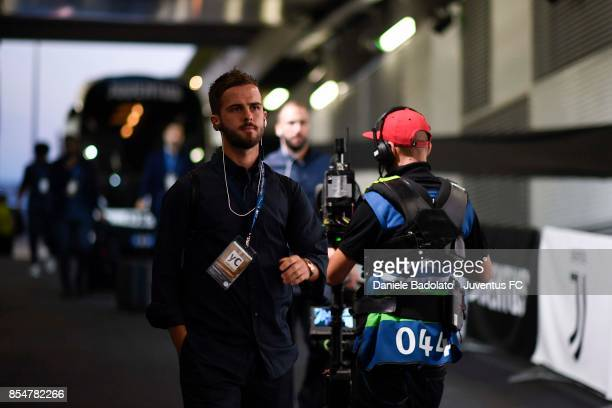 Miralem Pjanic of Juventus arrives at Allianz Stadium before the UEFA Champions League group D match between Juventus and Olympiakos Piraeus at...