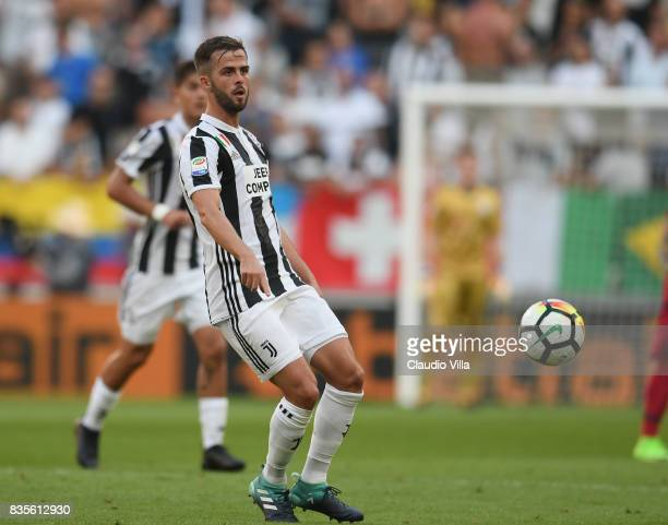 Miralem Pjanic of Juventus FC in action during the Serie A match between Juventus and Cagliari Calcio at Allianz Stadium on August 19 2017 in Turin...