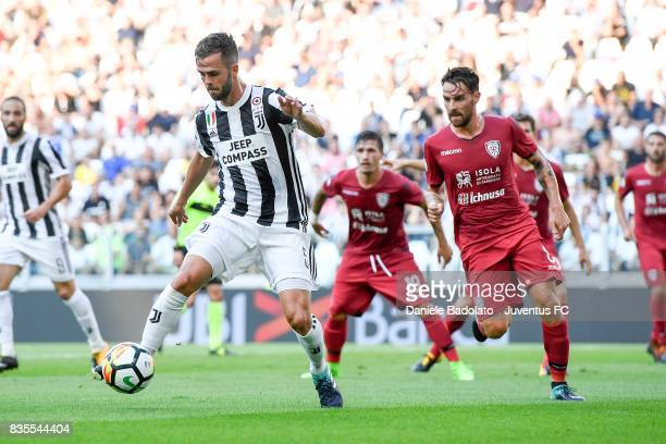 Miralem Pjanic of Juventus in action during the Serie A match between Juventus and Cagliari Calcio at Allianz Stadium on August 19 2017 in Turin Italy