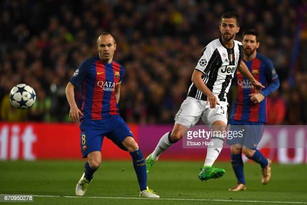 Miralem Pjanic of Juventus shoots at goal during the UEFA Champions League Quarter Final second leg match between FC Barcelona and Juventus at Camp...