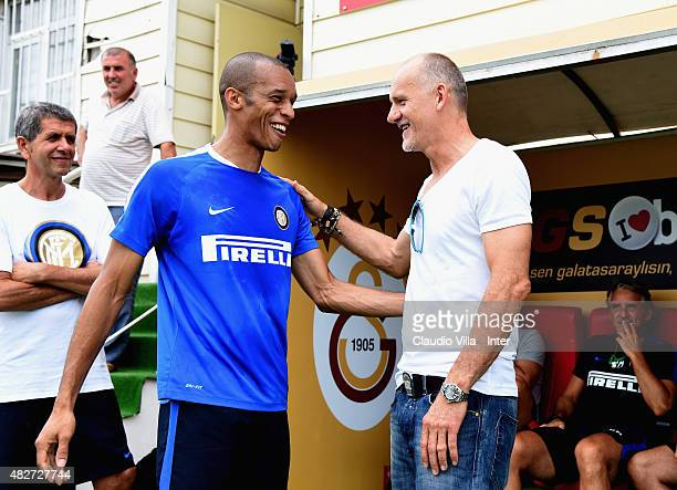 Miranda and Claudio Taffarel attend a FC Internazionale training session at the Florya training camp on August 2 2015 in Istanbul Turkey