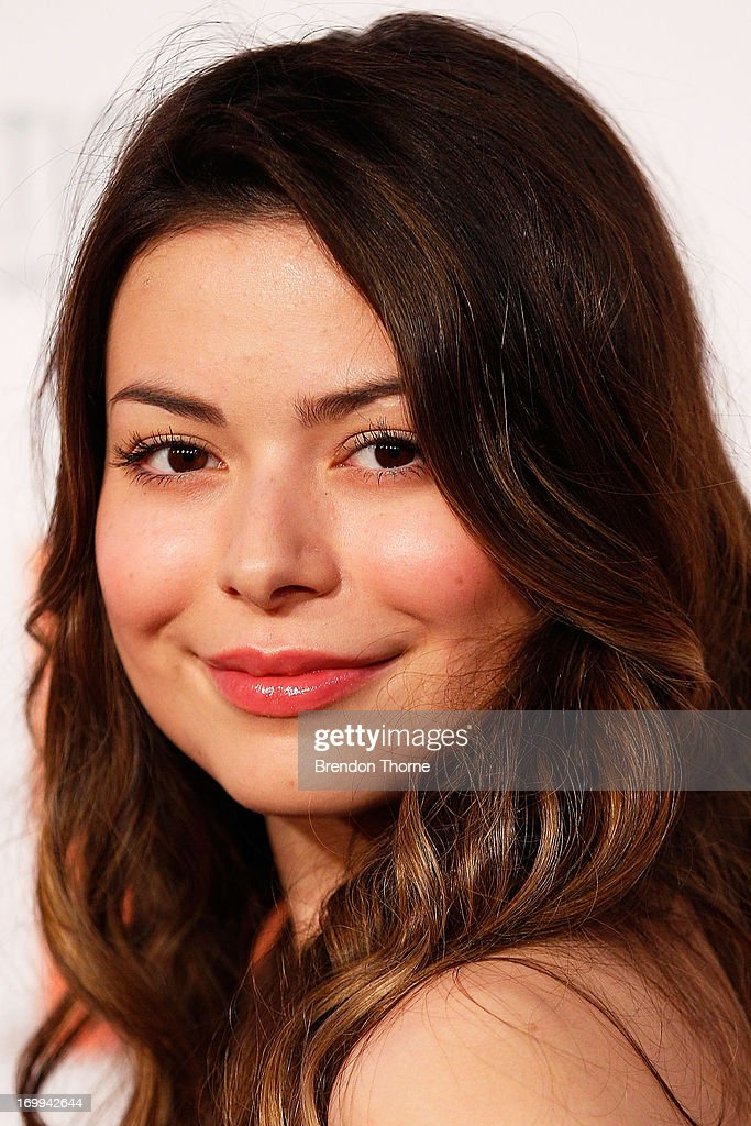 <a gi-track='captionPersonalityLinkClicked' href=/galleries/search?phrase=Miranda+Cosgrove&family=editorial&specificpeople=709215 ng-click='$event.stopPropagation()'>Miranda Cosgrove</a> arrives at the 'Despicable Me 2' Australian premiere at Event Cinemas Bondi Junction on June 5, 2013 in Sydney, Australia.