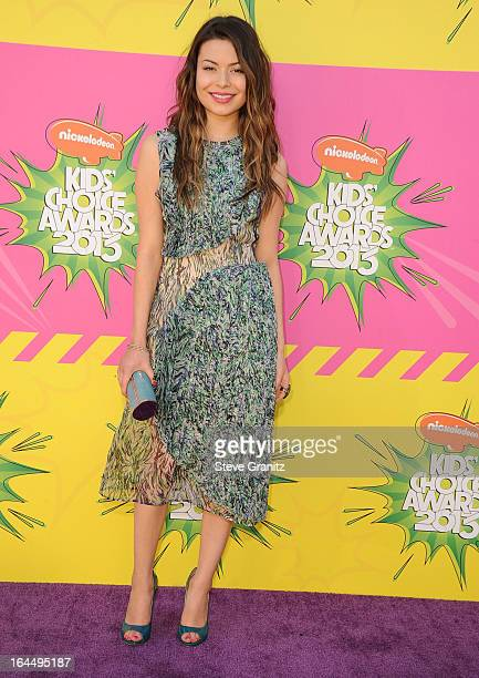 Miranda Cosgrove arrives at the Nickelodeon's 26th Annual Kids' Choice Awards at USC Galen Center on March 23 2013 in Los Angeles California