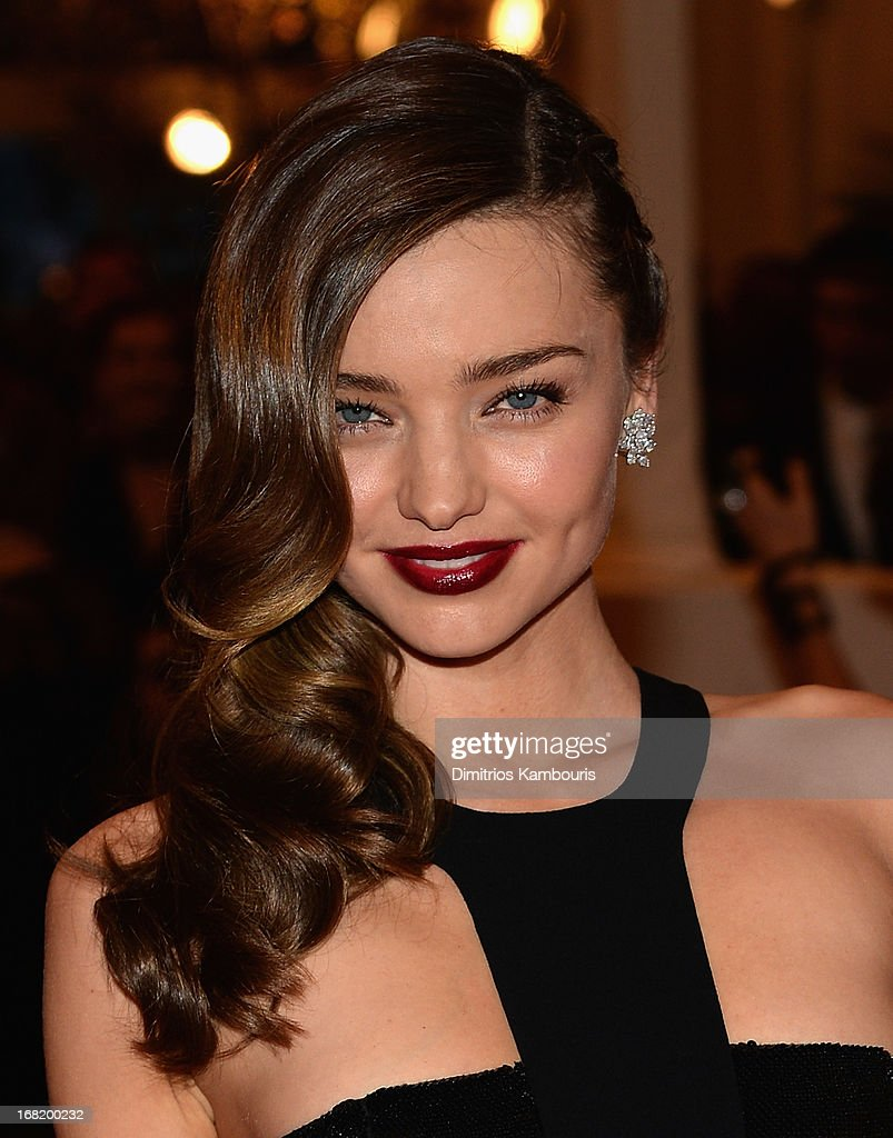 <a gi-track='captionPersonalityLinkClicked' href=/galleries/search?phrase=Miranda+Kerr&family=editorial&specificpeople=5714330 ng-click='$event.stopPropagation()'>Miranda Kerr</a> attends the 2013 Costume Institute Gala -