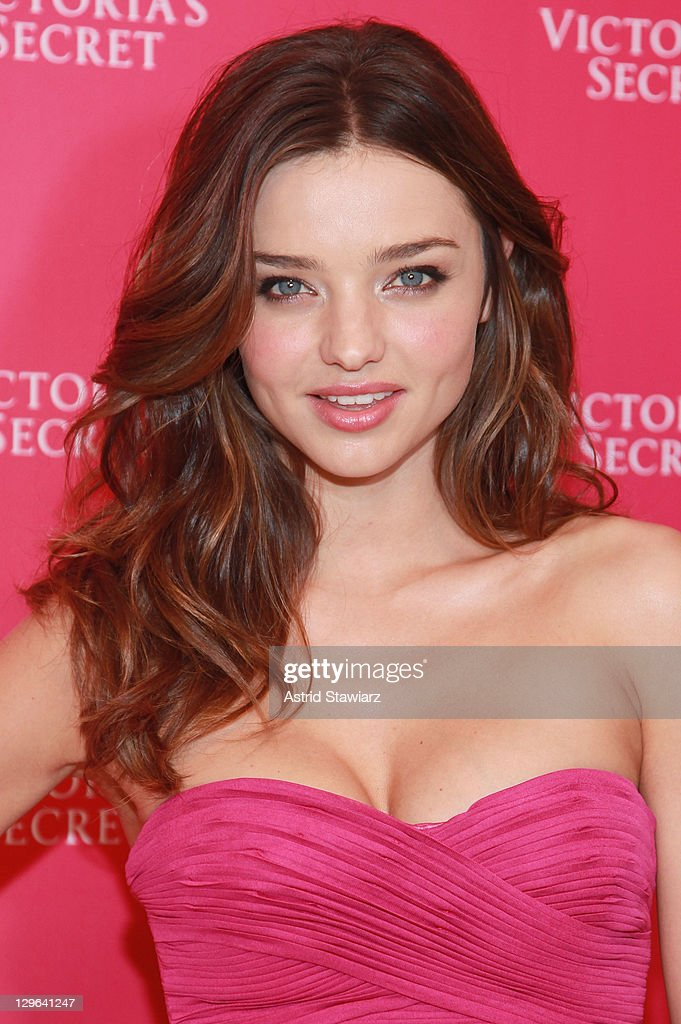 <a gi-track='captionPersonalityLinkClicked' href=/galleries/search?phrase=Miranda+Kerr&family=editorial&specificpeople=5714330 ng-click='$event.stopPropagation()'>Miranda Kerr</a> attends the unveiling of the 2011 Fantasy Treasure Bra at Victoria's Secret, Lexington Avenue on October 19, 2011 in New York City.