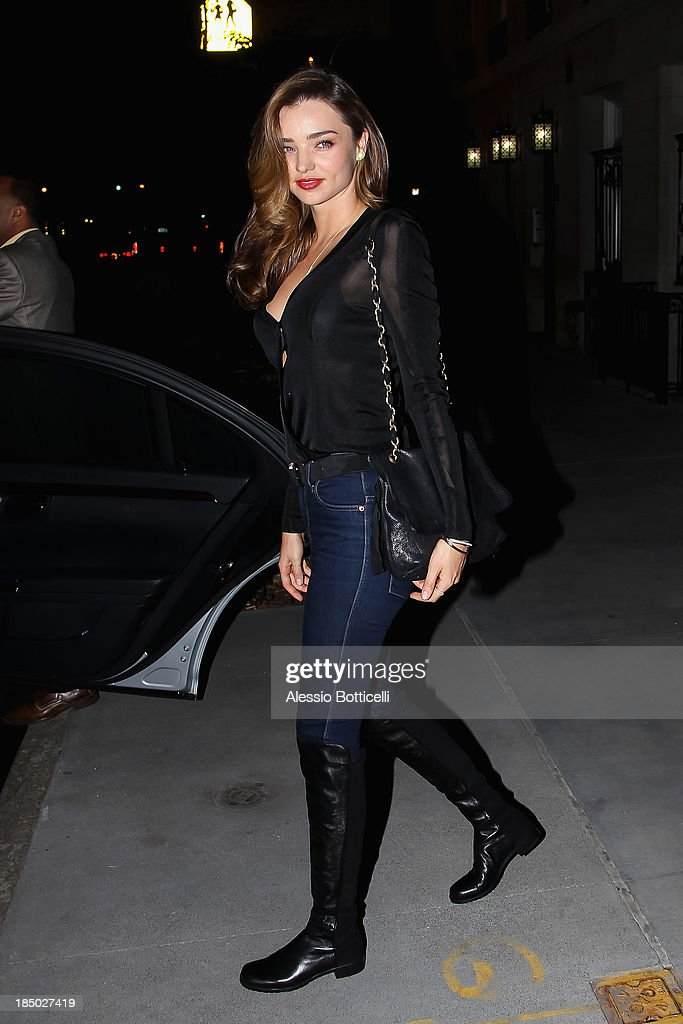<a gi-track='captionPersonalityLinkClicked' href=/galleries/search?phrase=Miranda+Kerr&family=editorial&specificpeople=5714330 ng-click='$event.stopPropagation()'>Miranda Kerr</a> seen on Madison Avenue on October 16, 2013 in New York City.
