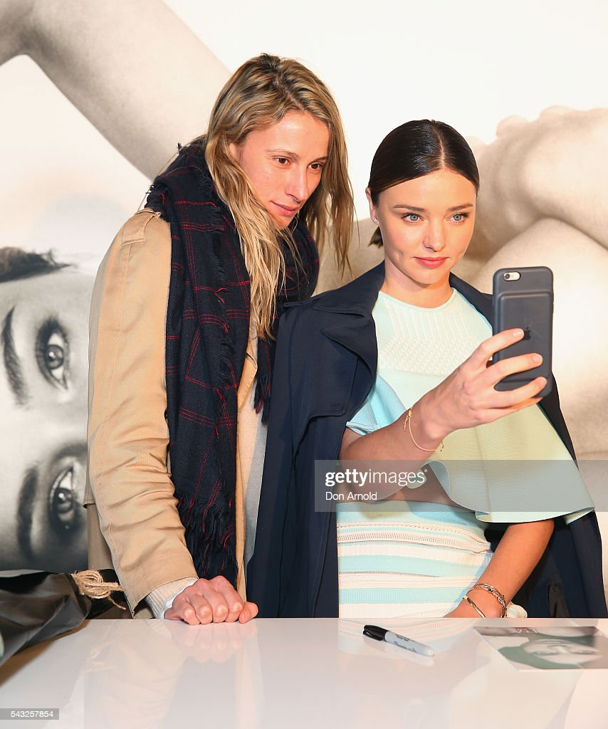 <a gi-track='captionPersonalityLinkClicked' href=/galleries/search?phrase=Miranda+Kerr&family=editorial&specificpeople=5714330 ng-click='$event.stopPropagation()'>Miranda Kerr</a> takes a selfie with fans fans at Westfield,Sydney on June 27, 2016 in Sydney, Australia.