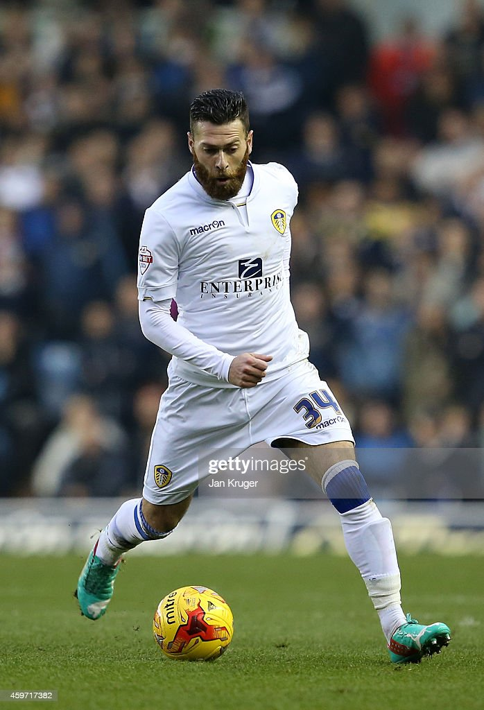 Mirco Antenucci of Leeds controls the ball during the Sky Bet Championship match between Leeds United and Derby County at Elland Road on November 29, 2014 in Leeds, England.