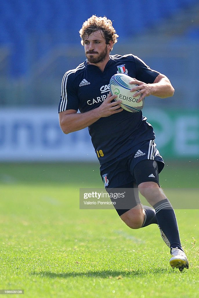 <a gi-track='captionPersonalityLinkClicked' href=/galleries/search?phrase=Mirco+Bergamasco&family=editorial&specificpeople=572161 ng-click='$event.stopPropagation()'>Mirco Bergamasco</a> of Italy in action during a training session at Stadio Olimpico on November 16, 2012 in Rome, Italy.