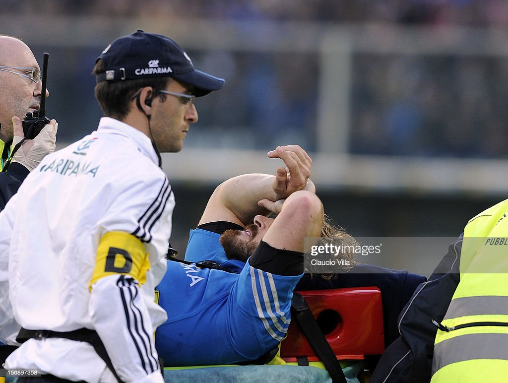 <a gi-track='captionPersonalityLinkClicked' href=/galleries/search?phrase=Mirco+Bergamasco&family=editorial&specificpeople=572161 ng-click='$event.stopPropagation()'>Mirco Bergamasco</a> of Italy is stretchered off during the international rugby test match between Italy and Australia at Artemio Franchi on November 24, 2012 in Florence, Italy.