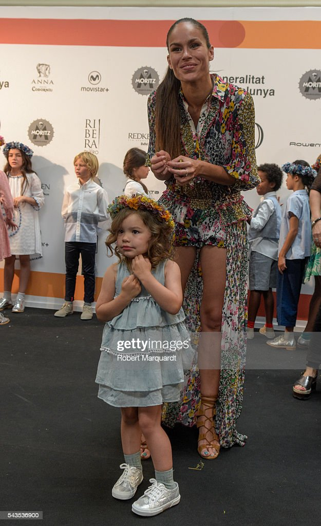<a gi-track='captionPersonalityLinkClicked' href=/galleries/search?phrase=Mireia+Canalda&family=editorial&specificpeople=4356463 ng-click='$event.stopPropagation()'>Mireia Canalda</a> (back) attends the front row of CND By Condor show during the Barcelona 080 Fashion Week Spring/Summer 2017 at the INFEC on June 29, 2016 in Barcelona, Spain.