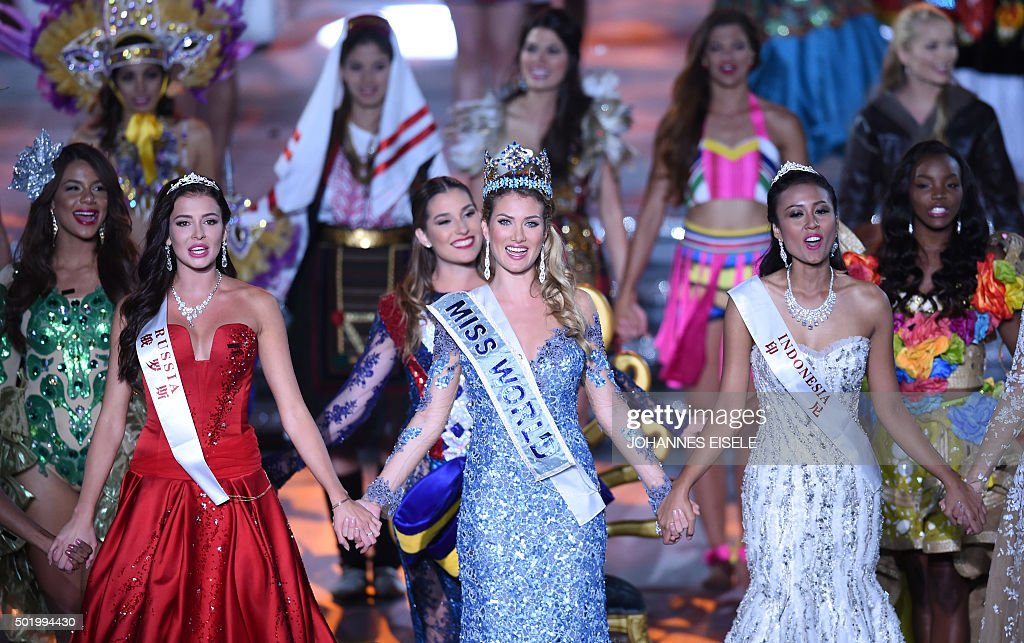 The Official Thread of Miss World 2015 @ Mireia Lalaguna - Spain  Mireia-lalaguna-rozo-of-spain-smiles-after-winning-the-new-title-of-picture-id501994430