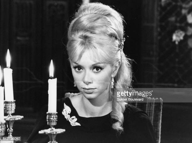 Mireille Darc on the set of Les barbouzes directed by Georges Lautner