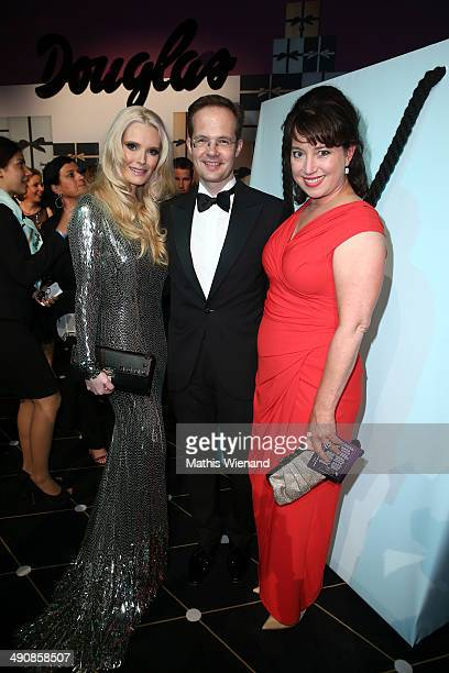 Mirja du Mont Manfred Kroneder and Ruth Neri attend Douglas at Duftstars Awards 2014 the Duftstars Awards 2014 at arena Berlin on May 15 2014 in...