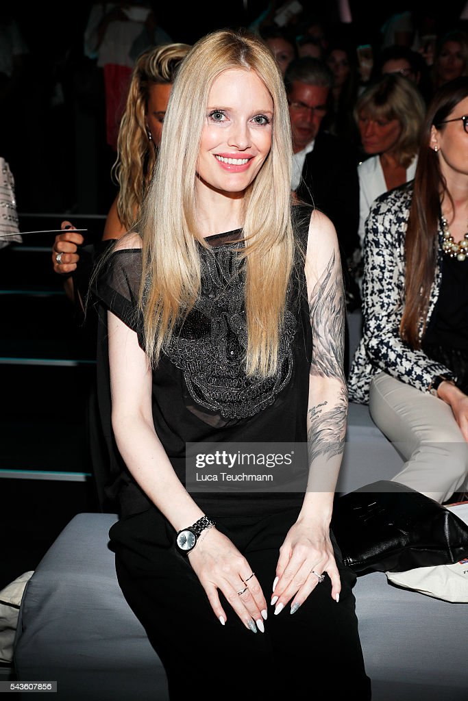 <a gi-track='captionPersonalityLinkClicked' href=/galleries/search?phrase=Mirja+Dumont&family=editorial&specificpeople=4196700 ng-click='$event.stopPropagation()'>Mirja Dumont</a> attends the Rebekka Ruetz show during the Mercedes-Benz Fashion Week Berlin Spring/Summer 2017 at Erika Hess Eisstadion on June 29, 2016 in Berlin, Germany.