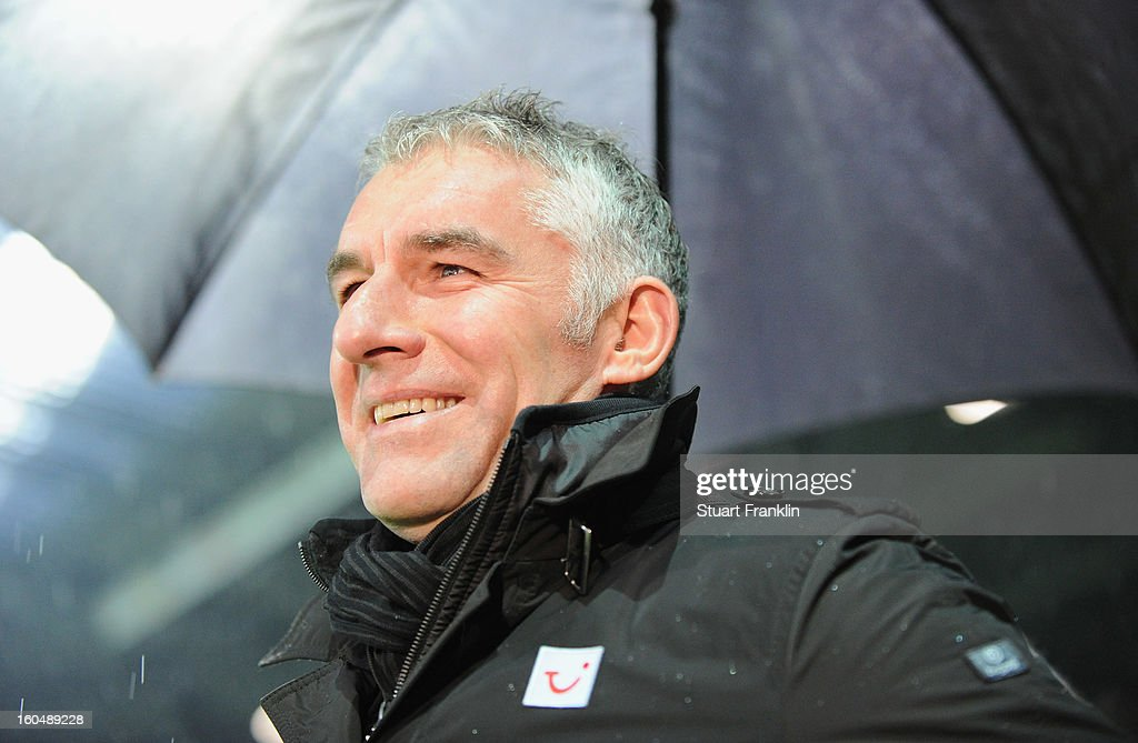 <a gi-track='captionPersonalityLinkClicked' href=/galleries/search?phrase=Mirko+Slomka&family=editorial&specificpeople=874525 ng-click='$event.stopPropagation()'>Mirko Slomka</a>, head coach of Hannover ponders during the Bundesliga match between SV Werder Bremen and Hannover 96 at Weser Stadium on February 1, 2013 in Bremen, Germany.
