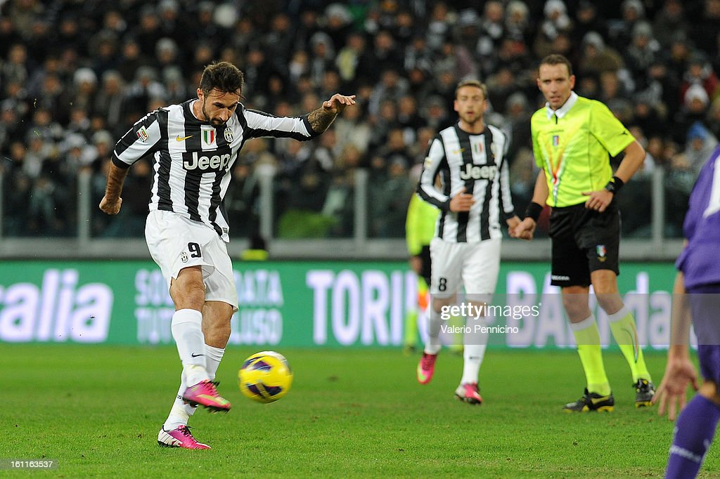 <a gi-track='captionPersonalityLinkClicked' href=/galleries/search?phrase=Mirko+Vucinic&family=editorial&specificpeople=860475 ng-click='$event.stopPropagation()'>Mirko Vucinic</a> of Juventus FC scores the opening goal during the Serie A match between Juventus FC and ACF Fiorentina at Juventus Arena on February 9, 2013 in Turin, Italy.